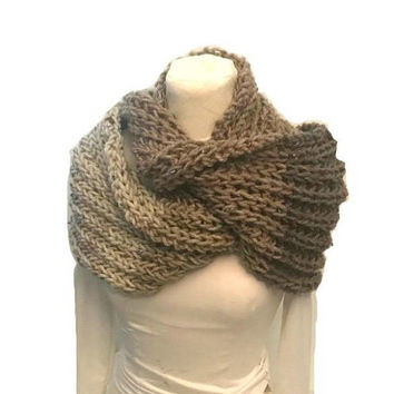 Infinity Chunky Scarf Hand Made   it Features a Mixing of Beautiful Beige-Brown Colors