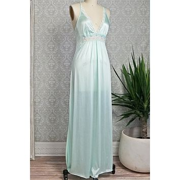 Vintage 1980s Mint Green + Goddess Nightgown