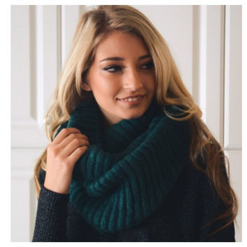"""Your New Favorite"" Cozy Warm Ribbed Knit Teal Infinity Scarf"
