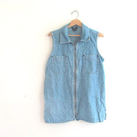 Vintage SLEEVELESS denim shirt. blue jean top / zipper up shirt