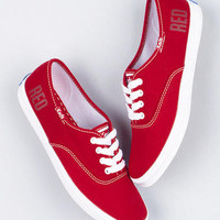 Taylor Swift's Red Keds
