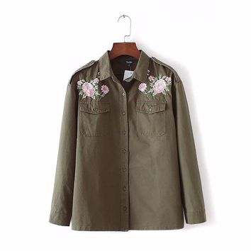 Women army green floral embroidery shirts long sleeve pockets buttons blouse ladies fashion casual loose tops