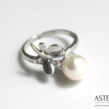 Bridesmaid ring - Pearl ring - Pearl silver ring - June birthstone - Elegant ring - Dainty ring - Wedding jewelry
