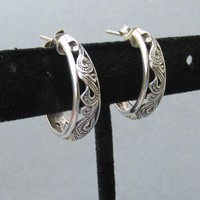 Pretty Open Work PAISLEY Sterling Silver Demi Hoop Vintage Pierced Earrings