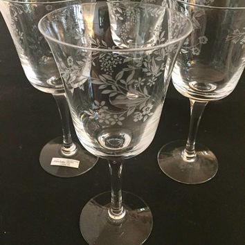 Noritake Carolyn Crystal Wine Glasses, Set of 4 Etched Crystal Stemware