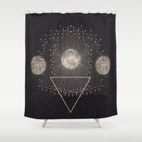 LEUKSNO - Plástica x Nikola Nupra Shower Curtain by Nikola Nupra