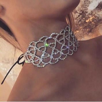 LMFUV2 Hollow necklace 8 words diamond necklace short and wide necklace