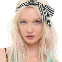 Jewelry: Necklaces, Earrings, Bracelets, and Rings | Hot Topic