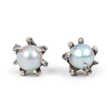 Catbird :: shop by category :: JEWELRY :: Grey Pearl Claw Earrings