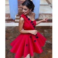 Vestido Cocktail 2016 Red Cocktail Dresses One Shoulder Satin Appliques Beaded Knee Length Party Dress vestido de festa curto