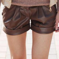 Short leather pants thin fashion