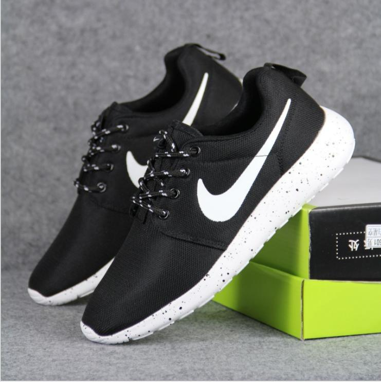 NIKE Women Men Running Sport Casual Shoes from Summer11   Things fca577900eed