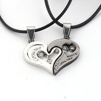 Men picking Lover Necklace I Love You Heart Shape Pendant necklace valentine's day lovers