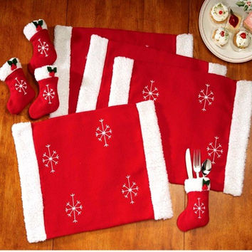 8Pcs Christmas Dining Table Mat Tableware Sock Set Holiday Venue Kitchen Banquet Christmas Table Pad