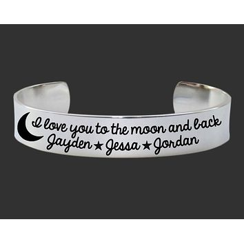I Love You To The Moon and Back Personalized Bracelet | Mother's Day