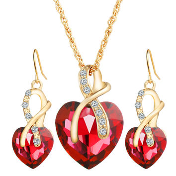 Stylish Shiny Gift New Arrival Luxury Heart Crystal Earrings Jewelry Set Necklace [6368948676]