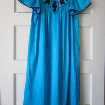 70s Shock Turquoise Nylon Nightgown w/ Quilt Front by Vanity Fair, S // Vintage Pin-up Lingerie