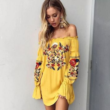 Fashion Ethnic Embroidery Off Shoulder Long Sleeve Pagoda Sleeve T-shirt Mini Dress