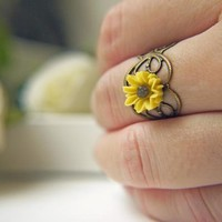 I Heart Sunflower Ring. Bright Yell.. on Luulla