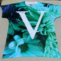 Grape 5 Floral V tee (full sub)