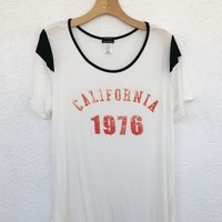 PLUS SIZE CALIFORNIA TEE- IVORY