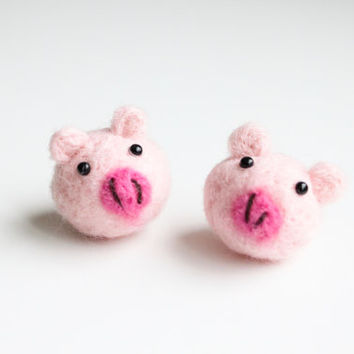 Handmade Needle Felted Wool Mini Piggy Decorations. Adorable Felted Animal. Perfect gift for baby shower, wedding, birthday, and children.