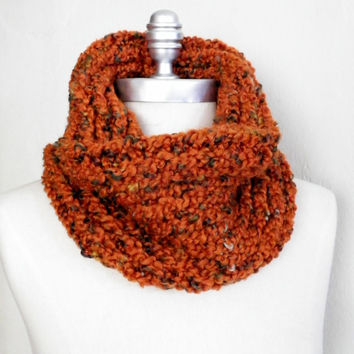 Pumpkin Orange Cowl, Chunky Knit, Fashion Knitwear, Fall Cowl, Orange Scarf, Fall Fashion