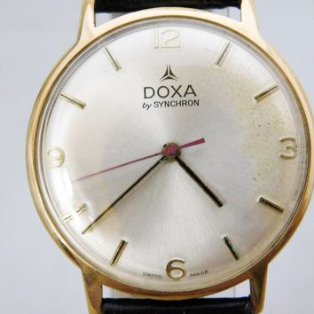 Doxa by Synchron Vintage 60's Swiss ETA 2750 17 Jewel Movement Pre-Owned Mens Watch....34mm