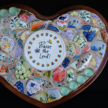 "Heart Mosaic Wall Decor ""Praise the Lord"" 11"" x 9"" OOAK Handcrafted"