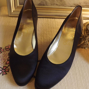 Black Pumps, Ferragamo Designer Shoes, Womens Black Shoes, Black Wedding Shoe, Formal Satin Shoes, Size 6.5 6 1/2 AAAA Quad Narrow
