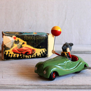 1940s Schuco Sonny 2005 Mouse in Car Metal Wind-Up Toy : us zone germany