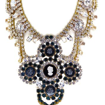 Bijoux MG Black Cameo Necklace Earring Set