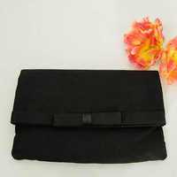 Vintage 1960s Black Bag Clutch Folded Purse Pretty Bow