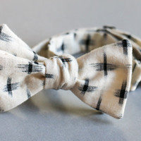 White & Black Ikat Print Bow Tie - Andy