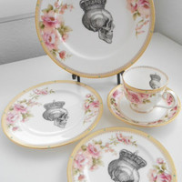 5-piece Set - Noritake Skull Flower Plates / Dinnerware / Dishes