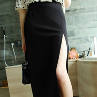 Long Hip Skirt with Side Slit and Zipper