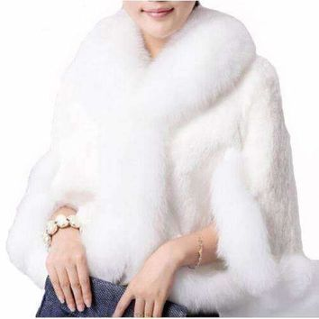 Elegant Faux Fur Collar Women Winter Cape Jacket