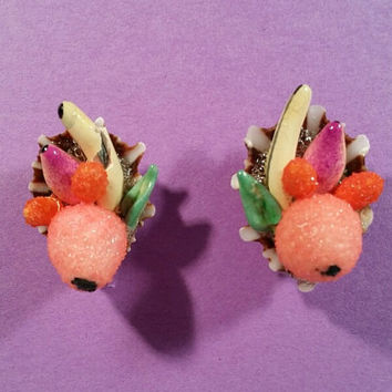 1940's Fruit Bowl Earrings - Carmen Miranda Look - Made in Japan Vintage Costume Jewelry - Shell and Ceramic - Screwback - AS-IS Condition