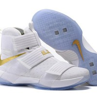 Nike LeBron Soldier 10 EP G6 White/Gold Sneaker US7-12-1