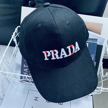 PRADA Woman Men Fashion Embroidery Sport Baseball Hat Cap