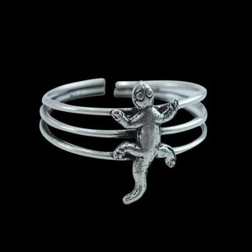 Beautiful Sterling Silver Toe Ring - Climbing Lizard Toe Ring - - Adjustable Toe Ring - Plain Toe Ring - Foot Accessories - Midi Toe Ring