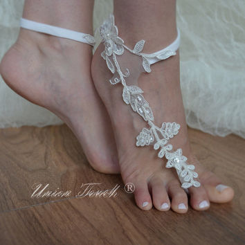Elegant bride lace barefoot sandals, Ivory lace barefoot sandals, FREE SHIP,  beach wedding barefoot sandals, wedding shoe,  beach shoes