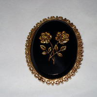 Vintage Victorian Roses Intaglio Gold Plated Onyx Cameo Brooch