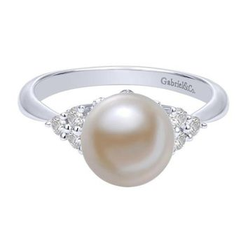 14k white gold classic pearl and diamond cluster ring