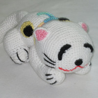 Crochet toy animal....Japanese Cat....Slipy, stuffed, soft, safe, white with spots