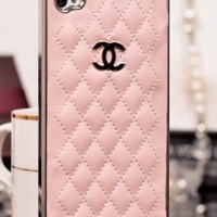 Designer inspired Chanel CC Iphone 5/5S Leather hard back Case,light pink with silver CC logo and frame.luxury style and touch feeling.BUY one get one matched Free 3.5mm crystal Anti dust Ear Cap Dock Plug,Shipping from Alberta,Canada:Amazon