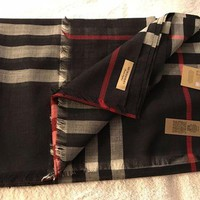 VONEA7H Burberry Check Scarf Wool / Silk - Navy - Brand New