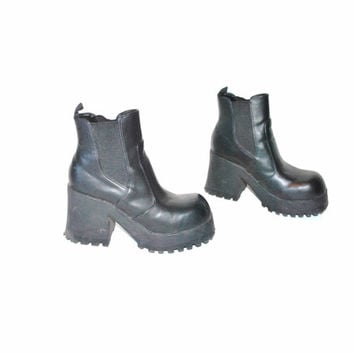 size 7.5 platform chelsea boots / 90s GOTH demonia CLUB KID chunky black platforms ankle boots