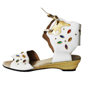 Rainbow Jeweled White Leather Gladiator Sandals Metallic Gold 80s Avant Garde Vintage Rocker Glam Summer Shoes Womens Size US 9 UK 7 EUR 39