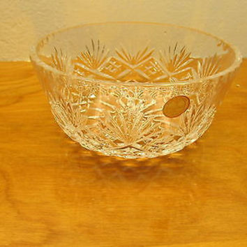 MADE IN POLAND 24% LEAD CRYSTAL SERVING BOWL